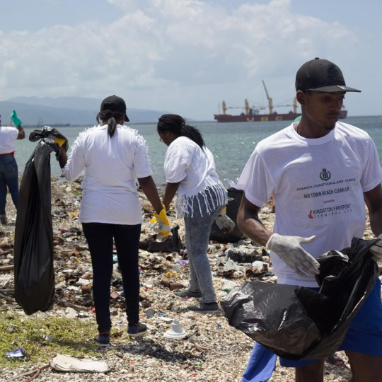 https://www.kftl-jm.com/wp-content/uploads/2015/10/Beach-Clean-Up6-540x540.jpg